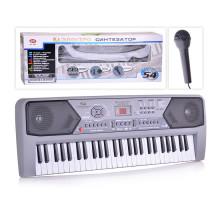 Синтезатор детский с микрофоном 54 клавиши, от сети и батареек, размер (74х26х12 см). Арт. 0891