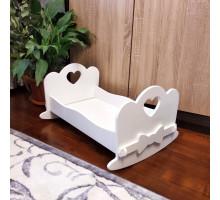 Кроватка качалка для больших кукол деревянная (подходит для больших кукол 49 см). Цвет белым. Арт. KMO-17K