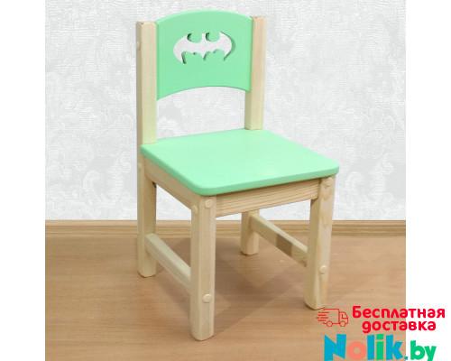 """Стульчик детский из массива дерева """"Бэтмен"""". Высота до сиденья 27 см. Цвет салатовый с натуральным. Арт. SN-27-b в Минске"""