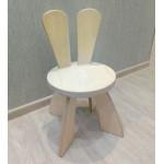 Стульчик детский деревянный Зайчик. Высота до сиденья 27 см. Цвет натуральный. Арт. SZF-27-N