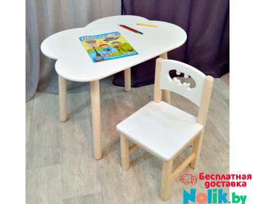 Детские столик и стульчик. Столик облако круглые ножки и стульчиком бетмен. (Столешница 70*50 см). Цвет белый с натуральным. Арт. KN7050-ON+SN-27-B в Минске